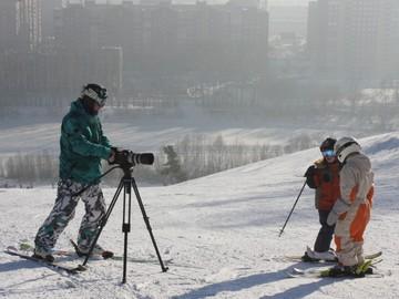 Горнолыжная видеосъемка детей.